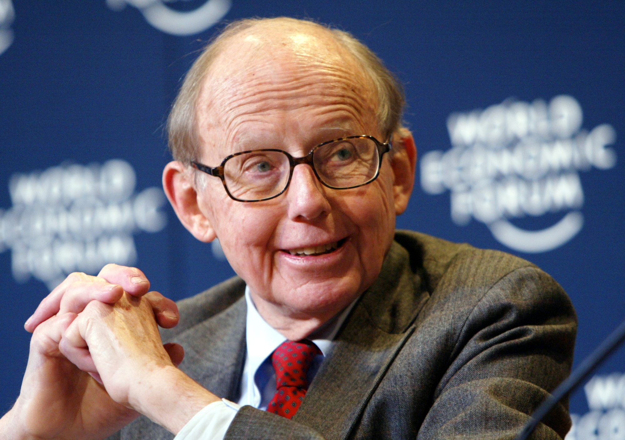 DAVOS/SWITZERLAND, 25JAN04 - Samuel P. Huntington, Chairman, Harvard Academy for International and Area Studies, USA, captured during the session 'When Cultures Conflict' at the Annual Meeting 2004 of the World Economic Forum in Davos, Switzerland, January 25, 2004.   Copyright World Economic Forum (www.weforum.org) swiss-image.ch/Photo by Peter Lauth